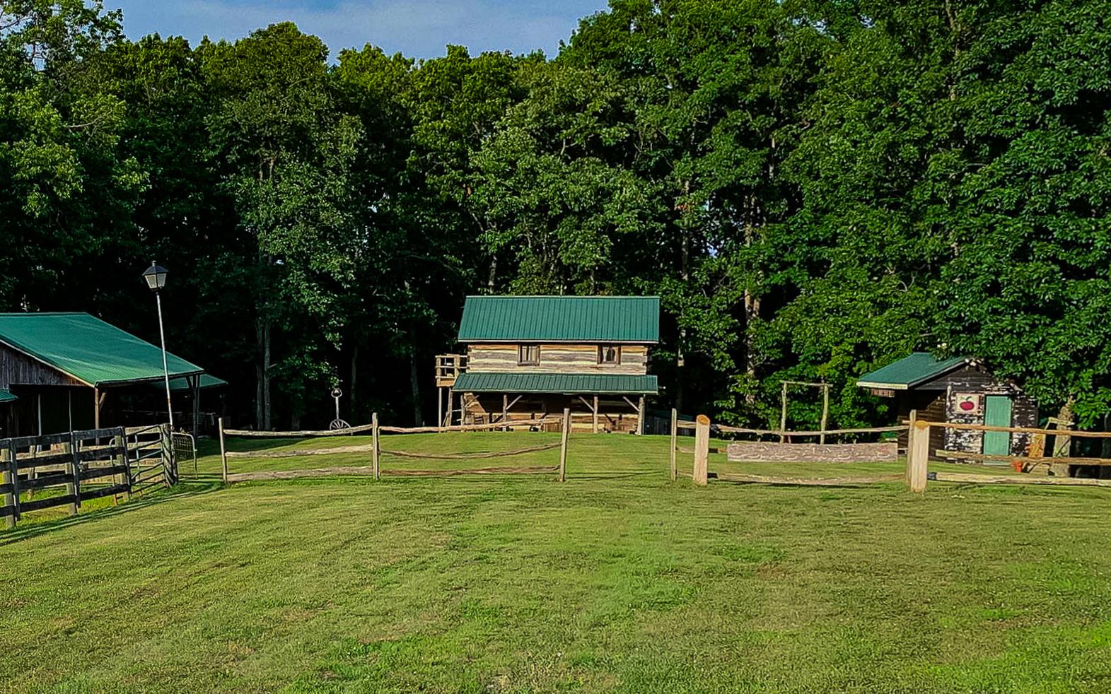 Barn_outside area wide VIVID-3