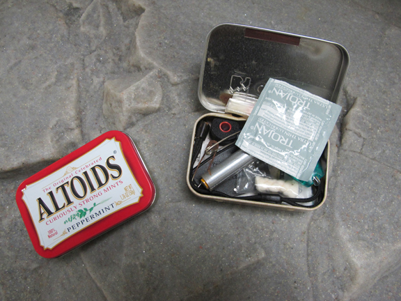 R.O.T.F.L.M.A.O..........11 Ways A Condom Can Save Your Life: ( Multi-functional survival uses for a CONDOM.) (2/6)