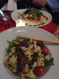 Kabeljau und Thai-Salad im Restaurant Dulac