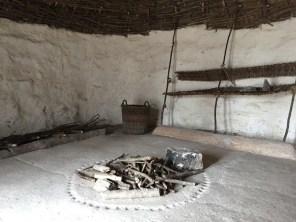 Rekonstruktion eines möglichen Stonehenge-Bauarbeiter-Hauses