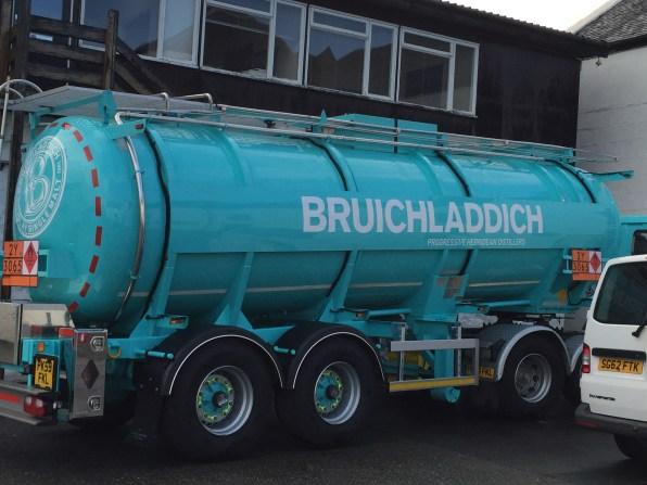 Laddie-Tank Truck
