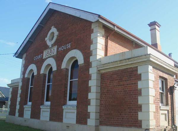 Murrumburrah-Courthouse-am
