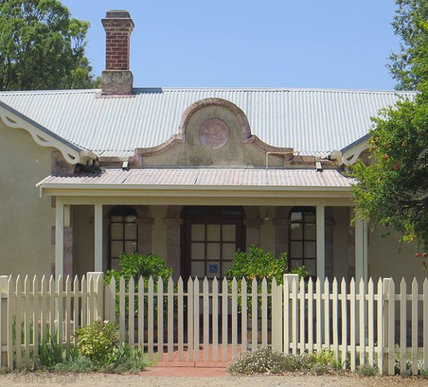 Strathalbyn Courthouse (former), early Australian courthouses, historical Australian courthouses, Australian legal history,