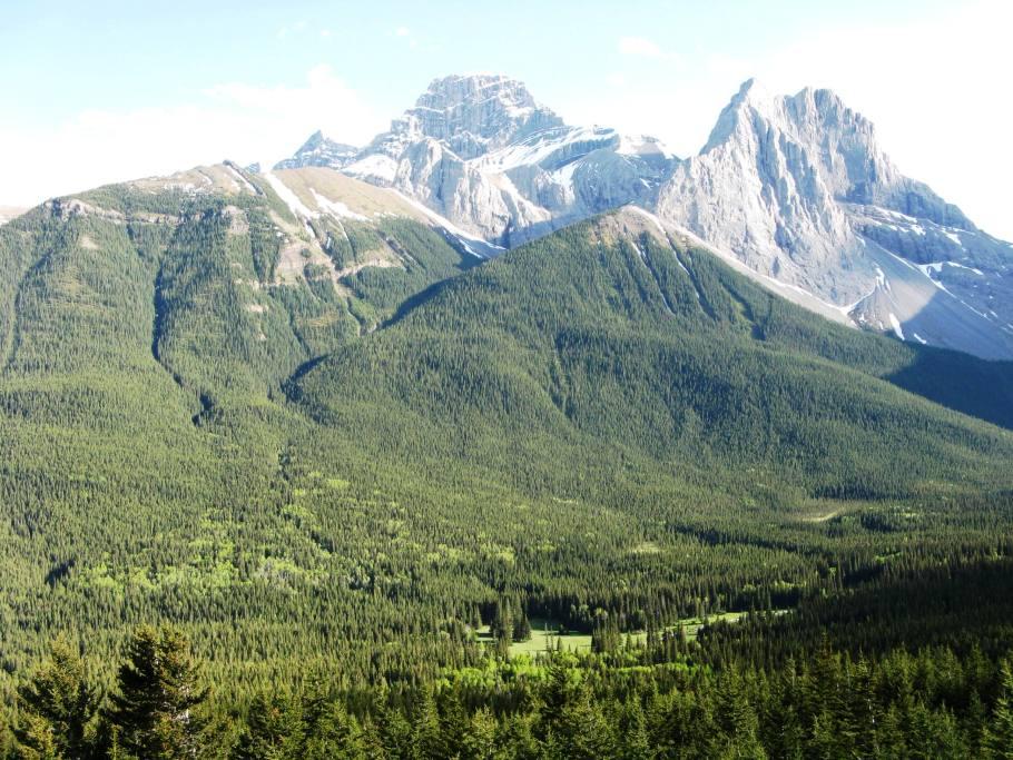Mt Lougheed