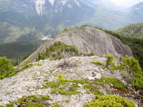 Ridge ahead & a difficult scramble down