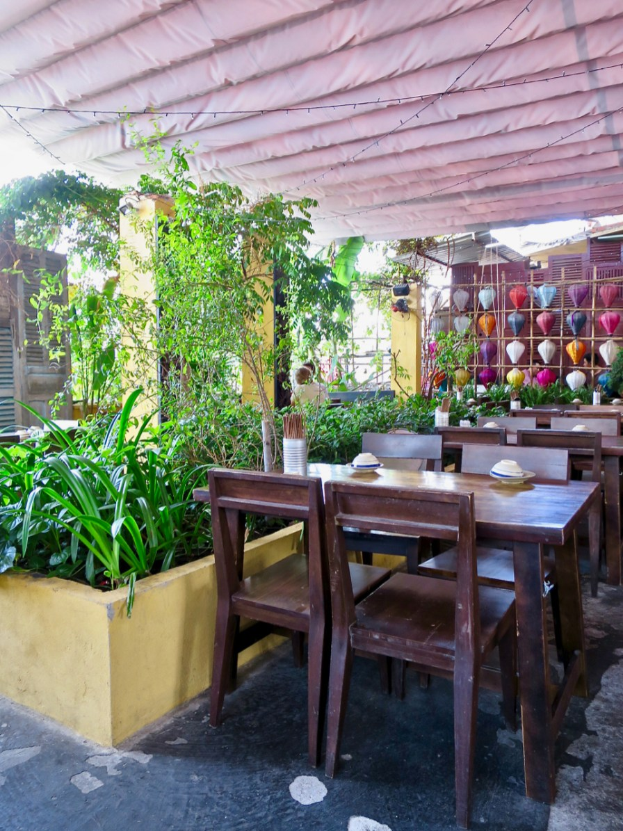 Secret Garden - Rooftop dining