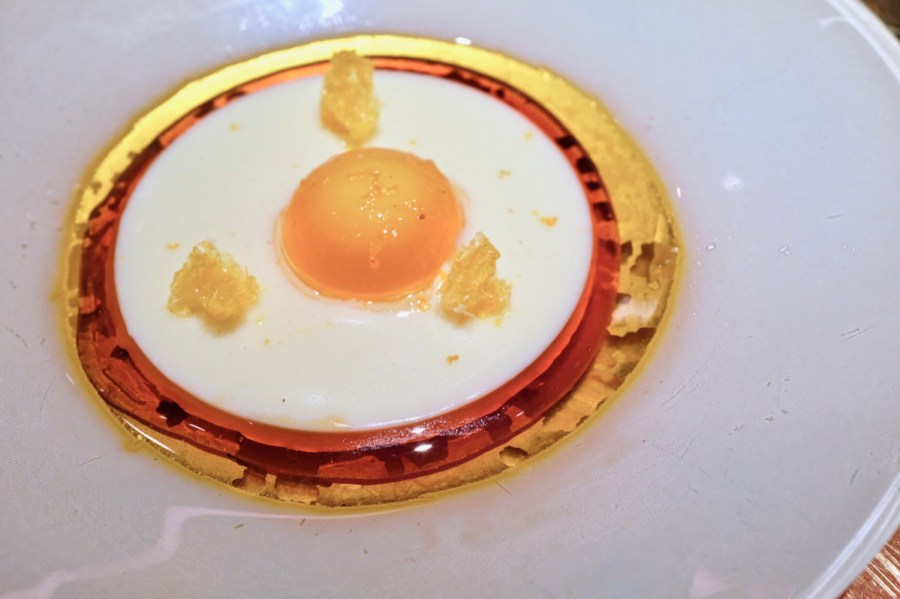é by José Andrés - Catalan Egg
