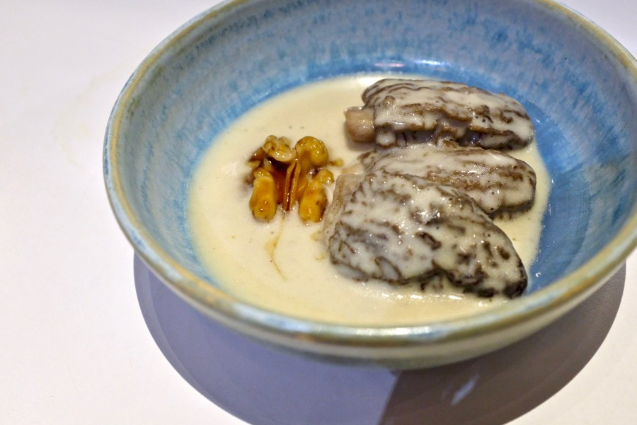Tickets - Morels with cream, walnut cooked in chicken bouillon