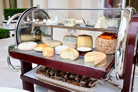 Epicure - Cheese cart