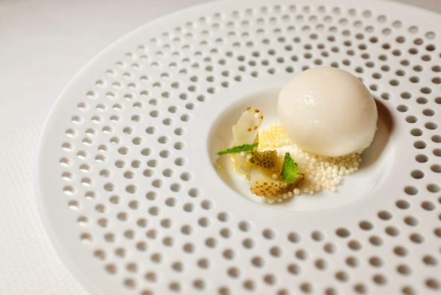 Quince SF - Lemon sorbet, crispy rice
