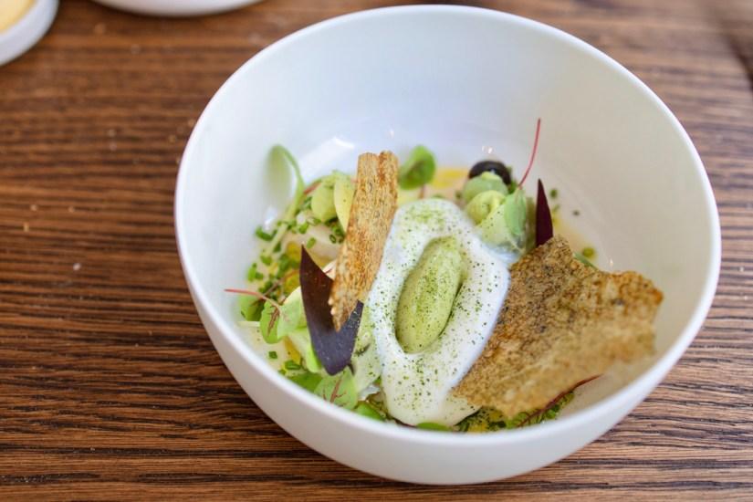 Daalder - Cobia, ajo blanco, tofu, green apple