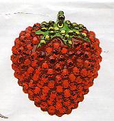 broche-fraise-cherry-chau