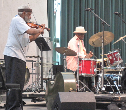Henry Grimes and Andrew Cyrille kick it oldschool, with no attitude and plenty of chops.