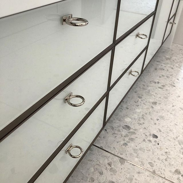 mod ring pull in polished nickel - glass drawer fronts