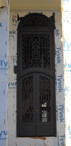 Top 3 reasons to install an Iron Door (1/4)