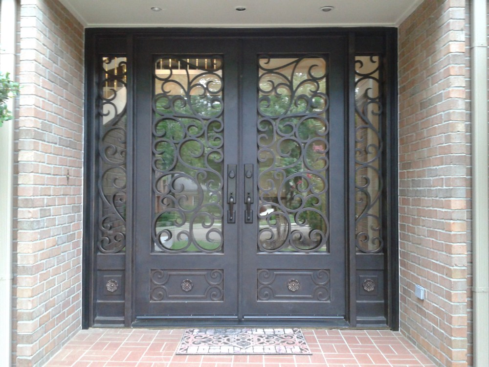 5 Steps to a New Iron Entryway (1/3)