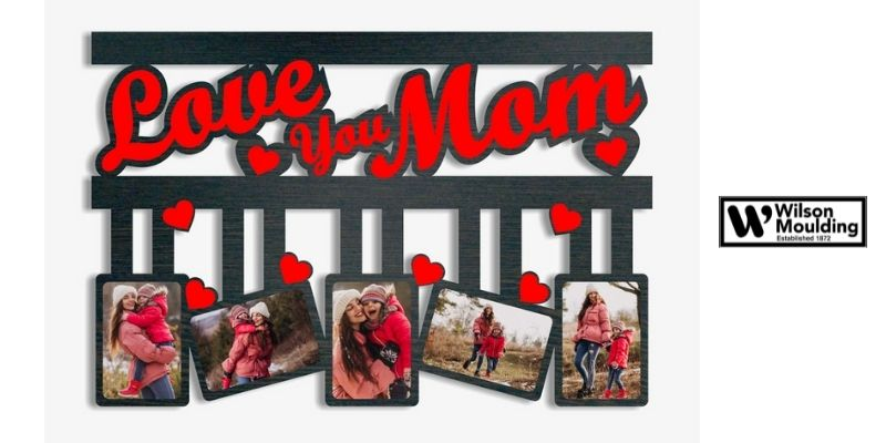 Frame A Vacation Photo of You And Your Mom
