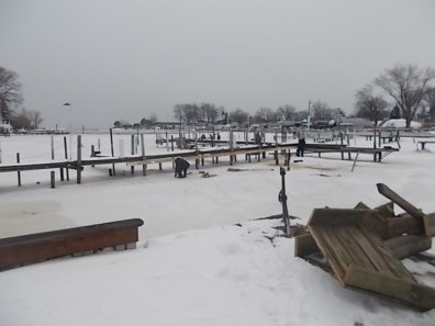 2014 WYC Dock Work Party 006