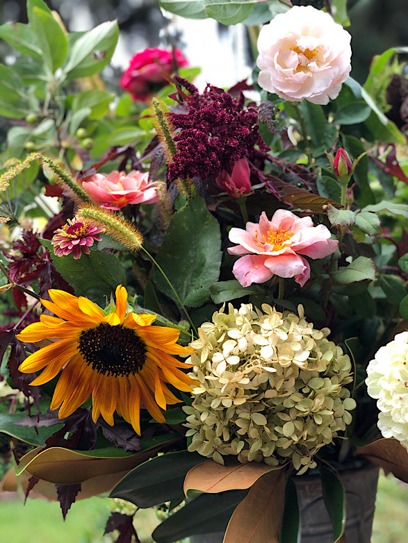 Fall floral bouquet flower delivery subscription