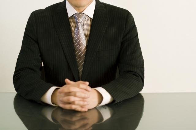 瑕疵担保責任の不具合を告知する