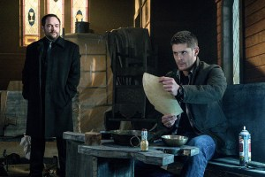 """Supernatural -- """"Hell's Angel"""" -- ImageSN1118A_0110.jpg -- Pictured (L-R): Mark Sheppard as Crowley and Jensen Ackles as Dean -- Photo: Liane Hentscher /The CW -- © 2016 The CW Network, LLC. All Rights Reserved"""