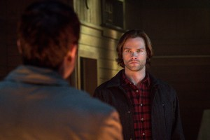 """Supernatural -- """"Hell's Angel"""" -- ImageSN1118A_0383.jpg -- Pictured: Jared Padalecki as Sam -- Photo: Liane Hentscher /The CW -- © 2016 The CW Network, LLC. All Rights Reserved"""