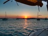 Was treibt man um Mitternacht im Hafen von Nassau?