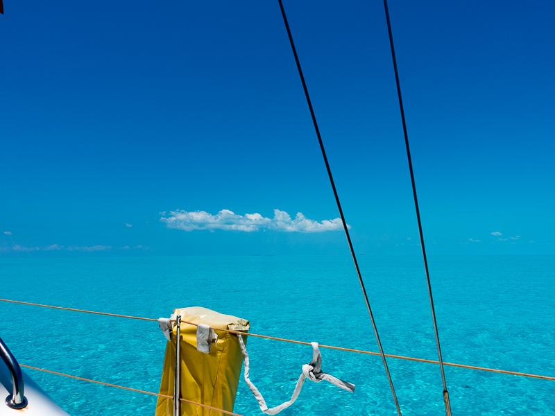 Lesmona auf der Anfahrt Gun Cay Bikinis