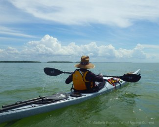 We paddle down the line of the Ten Thousand Islands
