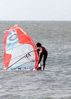 Windsurfing Chicka!