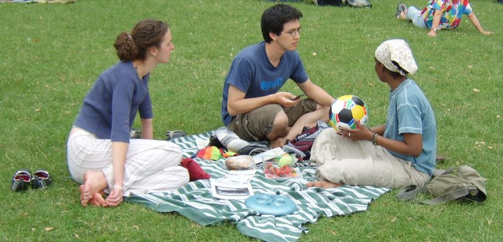 Labor Day-picnic-1437043, freeimages, by Rugh H
