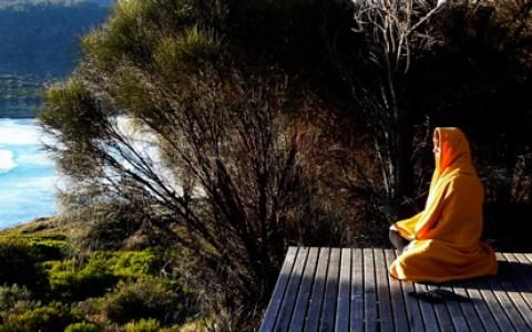 sally_orange_robe