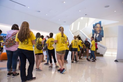 First-year students line up to enter the Center for Human and Civil Rights in Atlanta during their FYS trip.