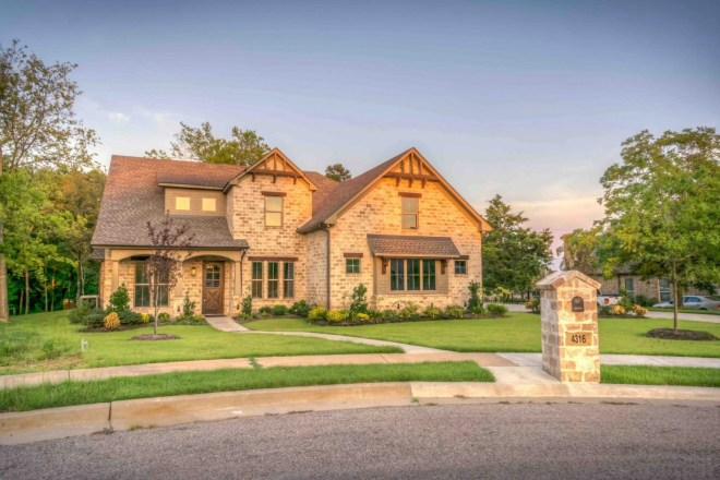 How to Save on Home Energy Costs this Summer with Window Films