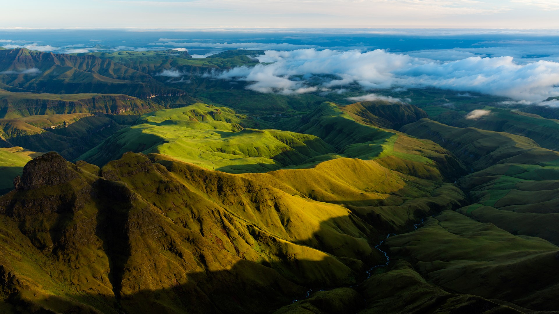 Guided hikes in south africa. Morning Light On The Hills Cathedral Peak Region Drakensberg South Africa Windows 10 Spotlight Images