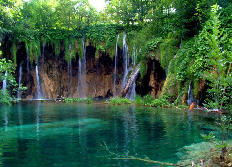 7-Places-that-are-gorgeous-when-it-rainsB