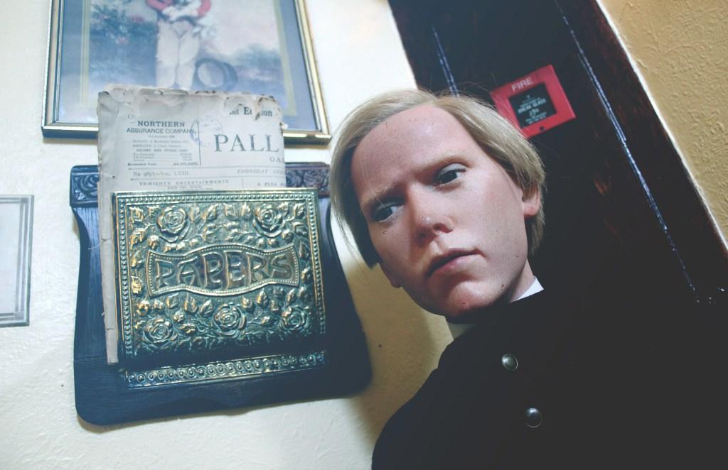 09 Baker Street Irregular