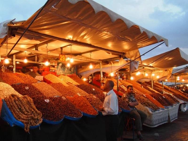 Morocco-Marrakech-Medina-Jemaa-el-Fnaa-vendor