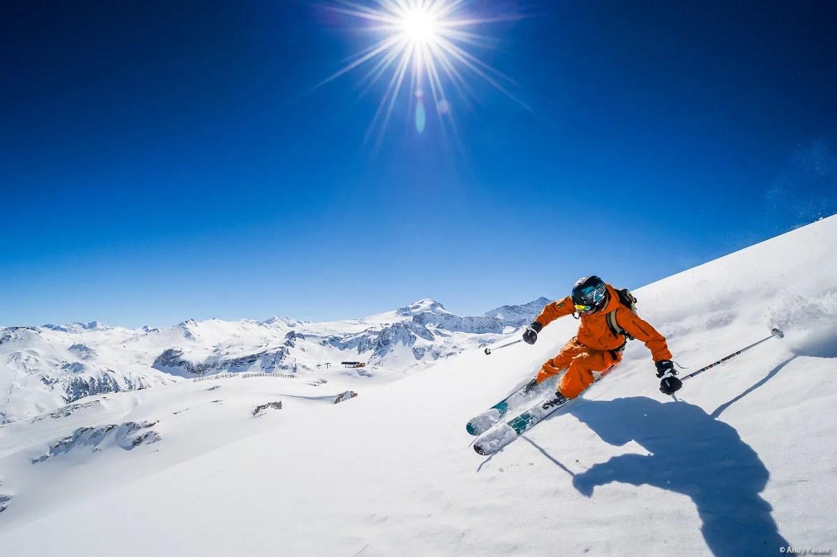 tignes-skiing