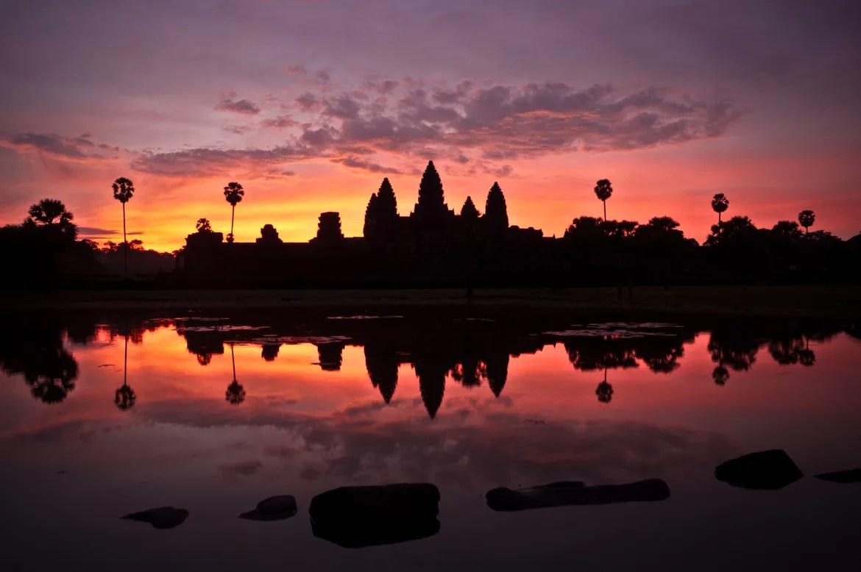 Places-to-visit-under-10000-pesos-angkor-wat-cambodia