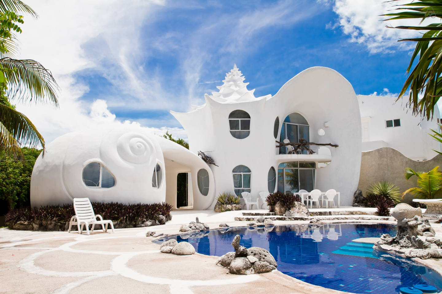 Quirky Airbnbs Seashell House