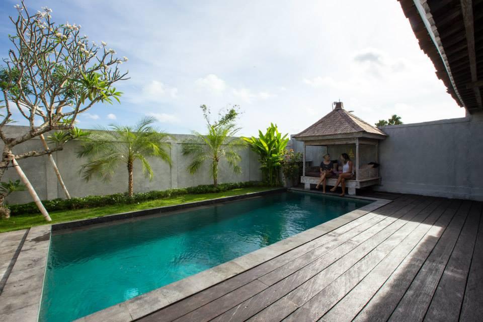 Bali retreat girls3