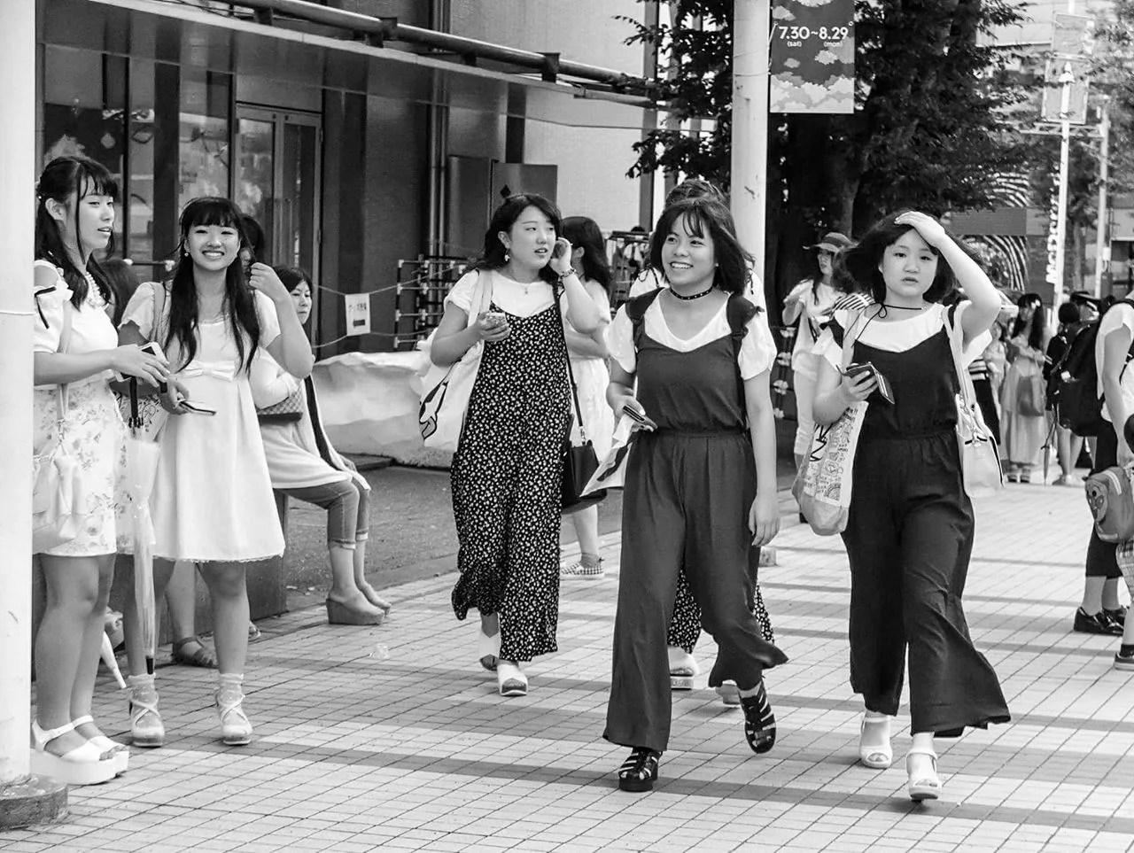 JAP GIRLS TWINNING