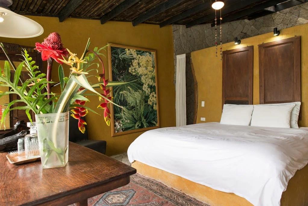 tagaytay-airbnbs-1