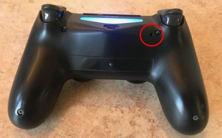 reset ps4 controller