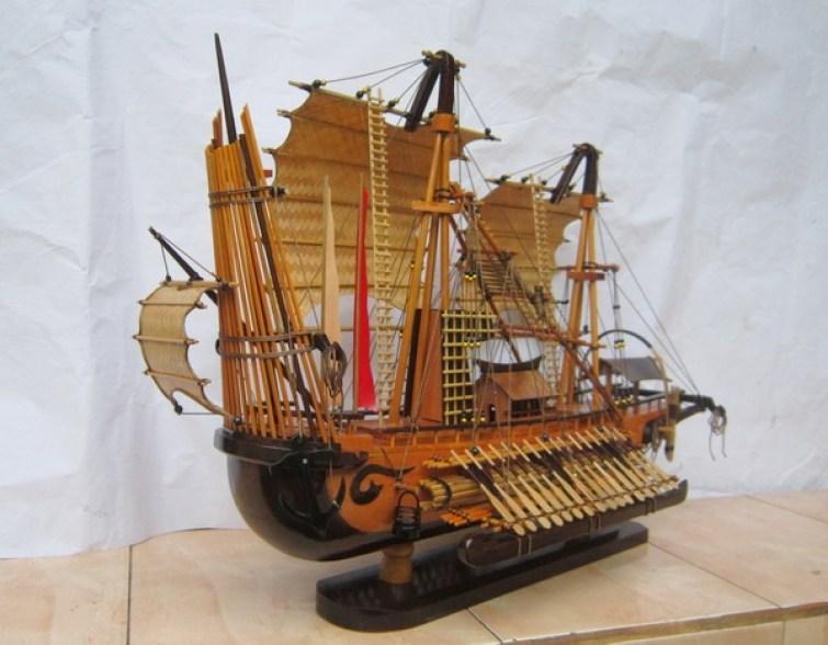 jual miniatur kapal perang majapahit