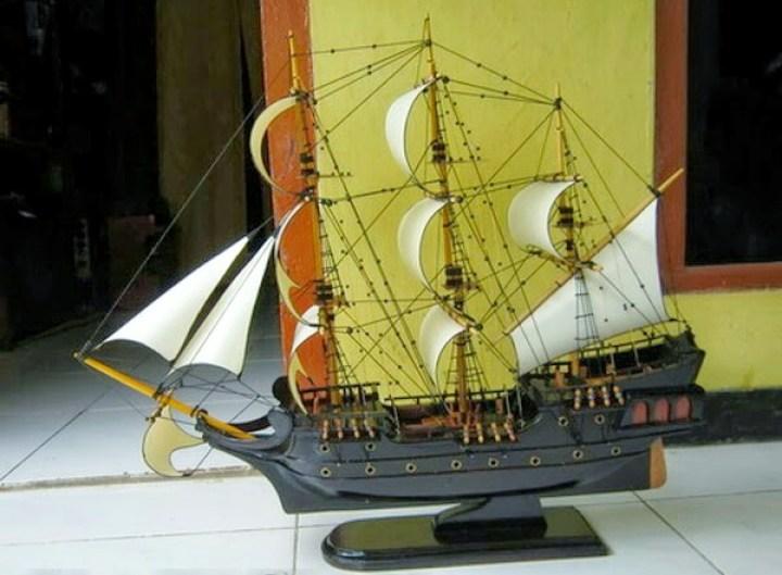Miniatur Kapal perahu Black Pearl