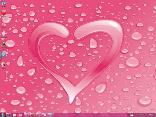 Download Free Hearts Windows 7 Themes With Heart Icons ,Heart Cursors, Bird Romantic Sounds & Screensaver