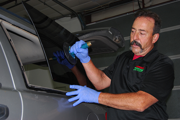 winshields colorado springs, windsheild replacement colorado springs, windshield repair colorado springs, winshield chip repair colorado springs, window repair colorado springs, rear window replacement colorado springs, windows colorado springs, auto windows colorado springs, rock chip repair colorado springs, rock chip colorado springs, winshield company colorado springs