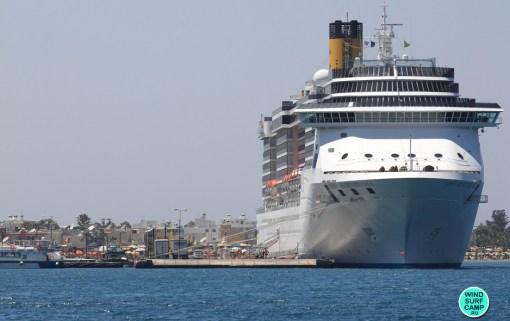Порт города Кос